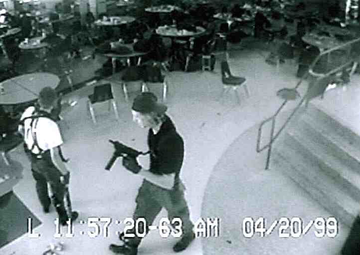 Columbine_School_shooting_massacre_Color